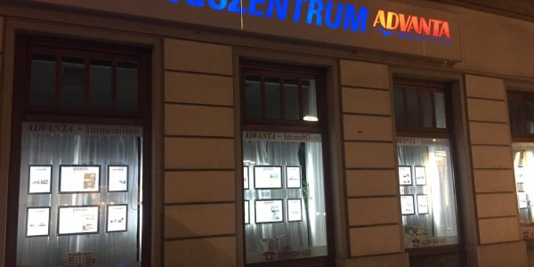 led-schaufenster-display-advanta